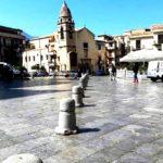 Dietrofront del Comune: Piazza Duomo parzialmente riaperta