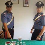 """Spacciatore con i """"bigliettini da visita"""": arrestato"""