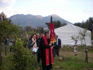 """Abusiva la """"Piccola Nazaret"""", la Chiesa di Padre Minutella"""