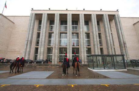 20100130 PALERMO -CLJ - INAUGURAZIONE ANNO GIUDIZIARIO A PALERMO. Il palazzo di giustizia appena ristrutturato e sistemato negli spazi esterni. ANSA/ LANNINO  &  NACCARI / SIM
